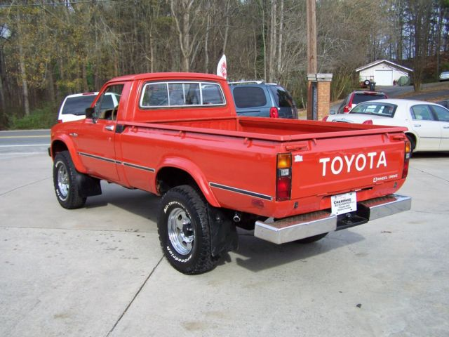 1980 Toyota Pickup 4X4 4 Speed Survivor