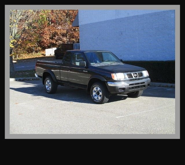 2000 Nissan Frontier XE King Cab