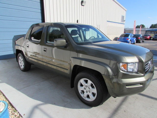 2006 honda ridgeline 4 door crew cab rtl 4wd 3 5l v6 truck for sale. Black Bedroom Furniture Sets. Home Design Ideas