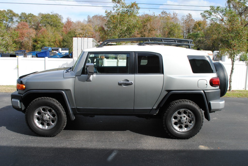2012 toyota fj cruiser 4 4 for sale. Black Bedroom Furniture Sets. Home Design Ideas