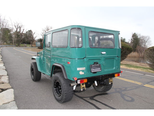 1974 Toyota Land Cruiser FJ40 restored