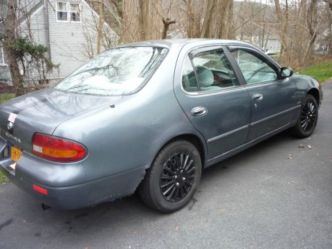 1993 Nissan Altima gxe for sale