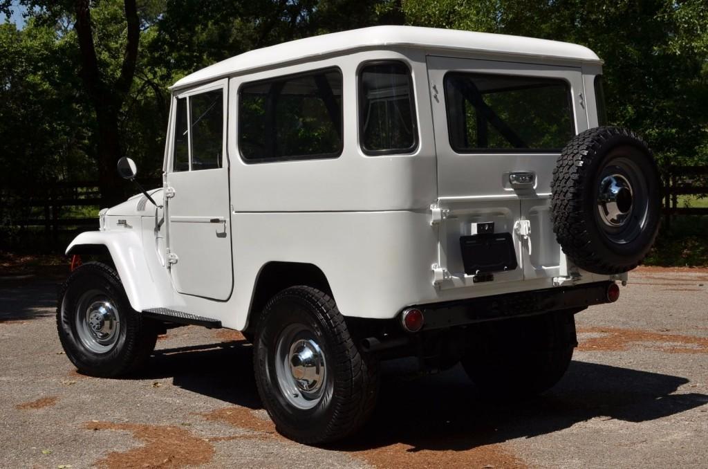1963 Toyota Land Cruiser FJ40