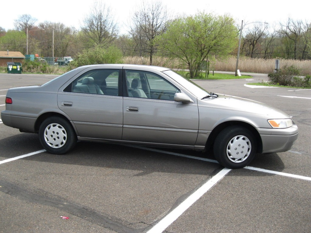 1997 Toyota Camry LE
