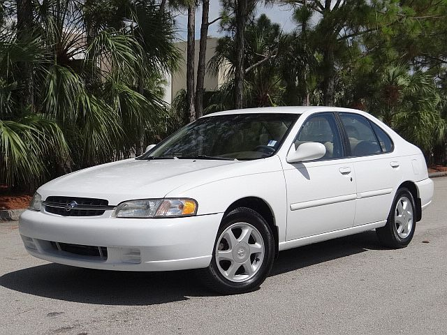 1998 Nissan Altima GLE Sedan