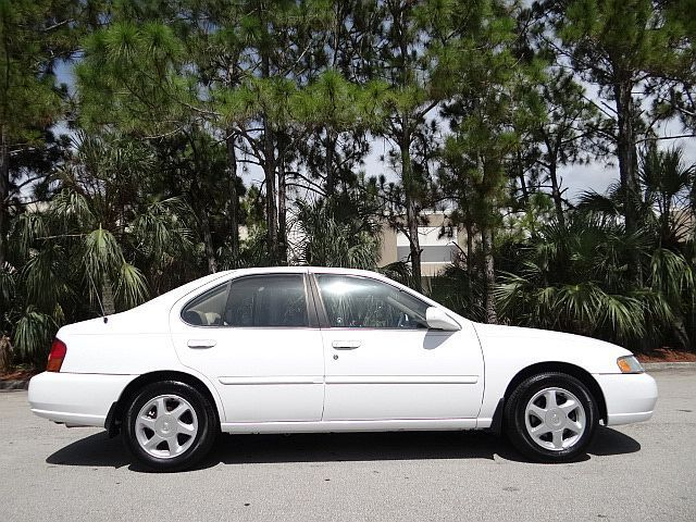 1998 Nissan Altima GLE Sedan