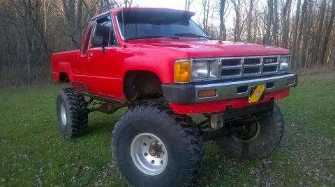 Lifted 1984 Toyota Pickup Sr5 for sale