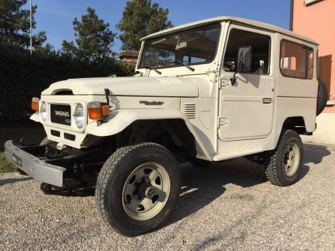 1984 Toyota Land Cruiser in good conditions for sale