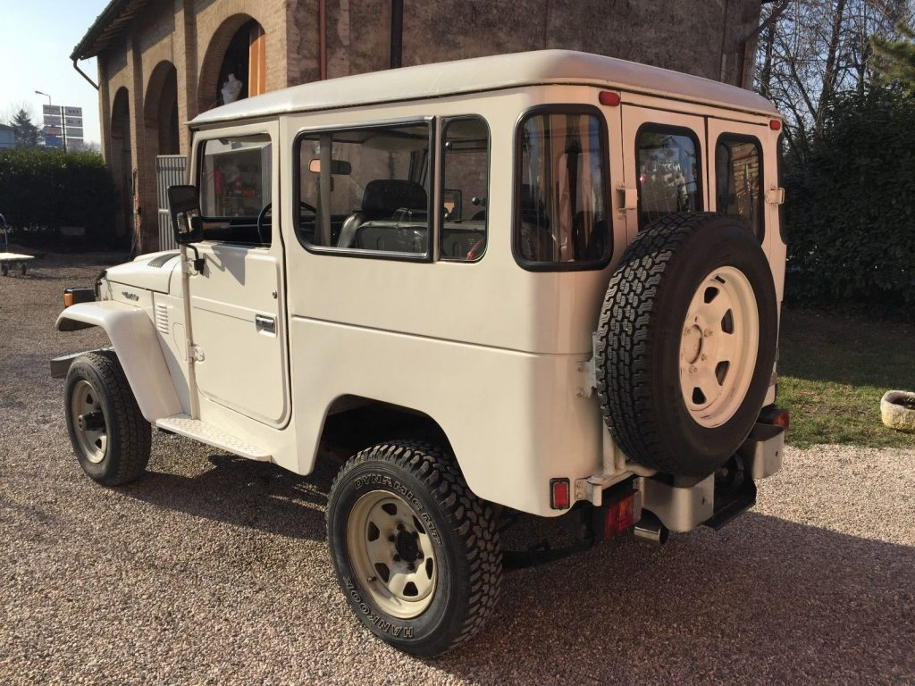 1984 Toyota Land Cruiser in good conditions